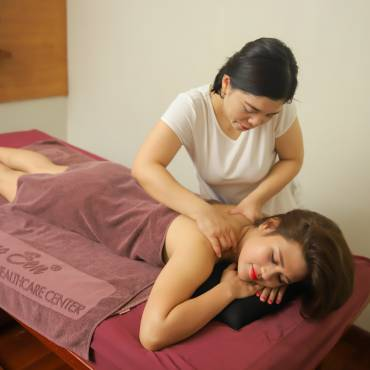 Vietnamese Traditional Massage